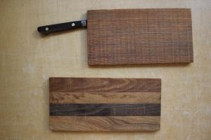 ピクニックボード上11.5×24×1.5㎝タモ5250円 下12×22.5×1.2㎝タモ5250円(いずれもナイフの挿入口は3.5㎝幅)